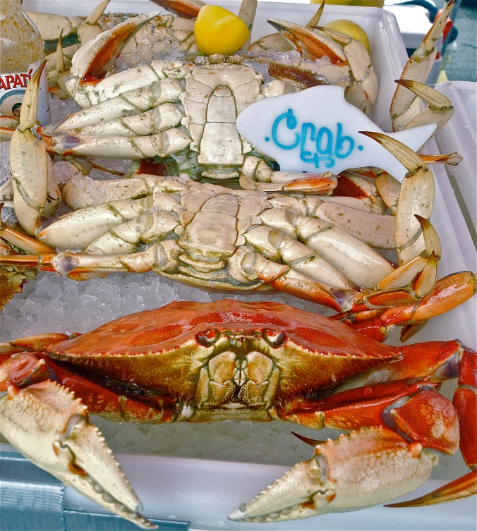Crabs at the local Farmer's Market, thanks to From The Sea To You (fromthec2u.com)